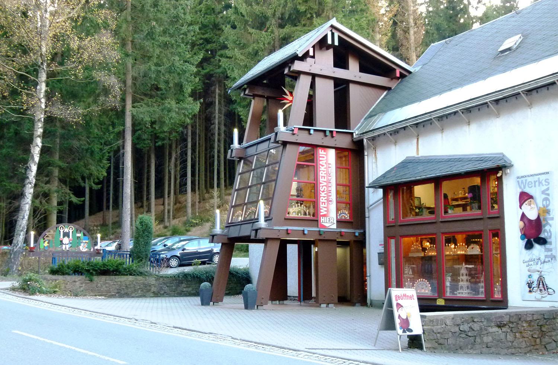 Holzkunst aus dem ErzgebirgeWerksverkauf