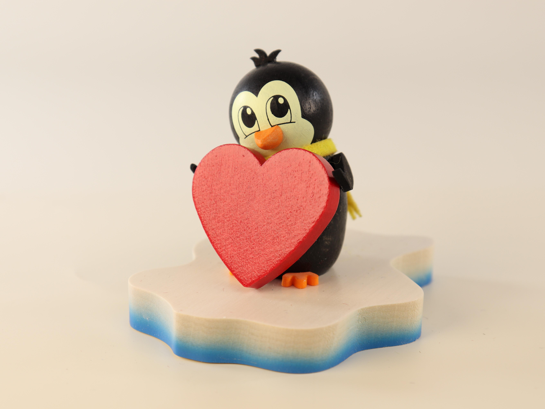 pinguin-auf-eisscholle-in-love-10-ullrich-kunsthandwerk-paul-ullrich-volkskunstbestehen