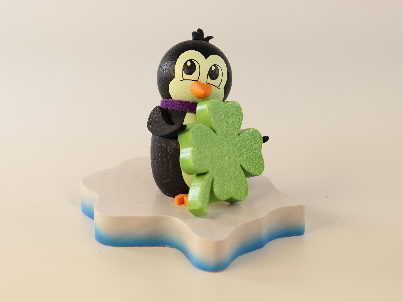 pinguin-auf-eisscholle-good-luck-10-ullrich-kunsthandwerk-paul-ullrich-volkskunstbestehen